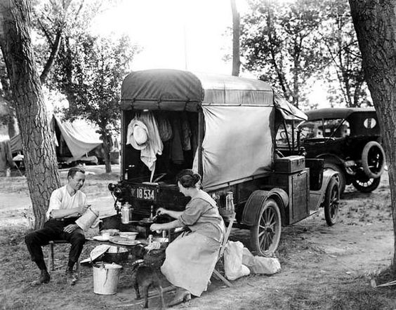Click image for larger version  Name:Old camping pic1.jpg Views:52 Size:68.4 KB ID:11757