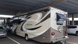 Click image for larger version  Name:Awnings Out D & R.jpg Views:82 Size:99.8 KB ID:12387