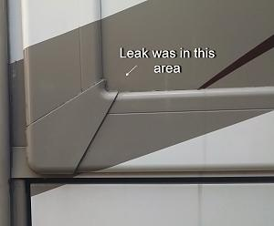 Click image for larger version  Name:Slide leak.jpg Views:43 Size:67.6 KB ID:15170