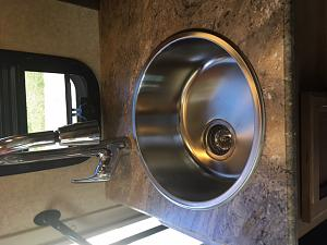 Click image for larger version  Name:Stainless Steel Kitchen Sink.jpg Views:34 Size:104.0 KB ID:17846