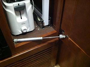 Click image for larger version  Name:Pantry door holder 1.jpeg Views:164 Size:114.1 KB ID:197
