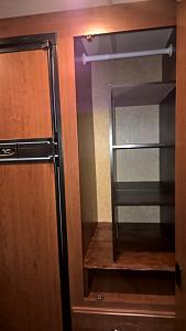 Click image for larger version  Name:Closet2.jpg Views:332 Size:57.8 KB ID:2050