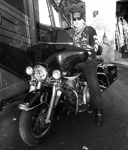 Click image for larger version  Name:Bike Black and white.jpg Views:38 Size:171.0 KB ID:21875