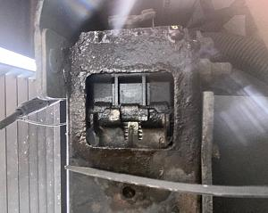 Click image for larger version  Name:coolant, radiator leak bottom 6 26 20.jpg Views:69 Size:133.9 KB ID:24463