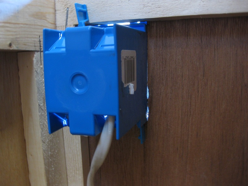 New usb power receptacle install thor forums click image for larger version name img9165g views 353 size 1344 publicscrutiny Image collections