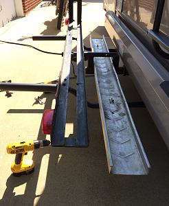Click image for larger version  Name:hitch with rail stored.jpg Views:92 Size:130.1 KB ID:2838