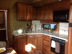 Click image for larger version  Name:Kitchen 1.jpg Views:108 Size:47.1 KB ID:51