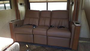 Click image for larger version  Name:couch1.jpg Views:233 Size:76.4 KB ID:7237
