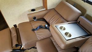 Click image for larger version  Name:couch3.jpg Views:218 Size:89.6 KB ID:7239