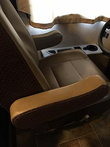 Click image for larger version  Name:Seat with armrest reversed.jpg Views:83 Size:81.8 KB ID:7341