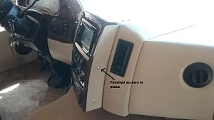 Click image for larger version  Name:Radio (2)a.jpg Views:125 Size:53.0 KB ID:7858