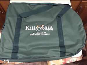 Click image for larger version  Name:Kittywalk2.jpg Views:197 Size:95.3 KB ID:894